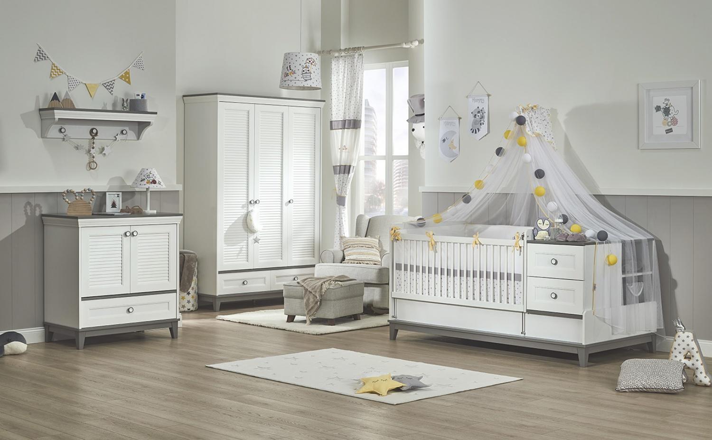 Komplettes_Babyzimmer_Kleiderschrank_3-trig_Mia_Bild02
