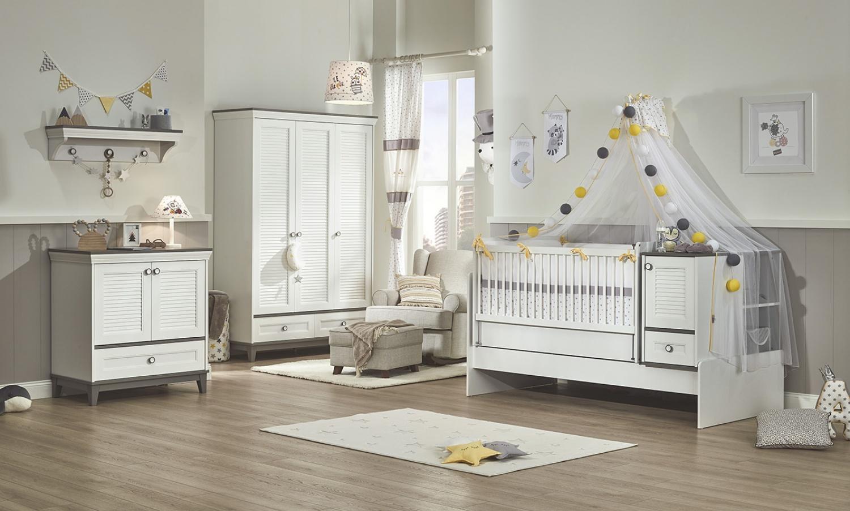 Babyzimmer_Schaukel_Babybett_Mia_Bild02